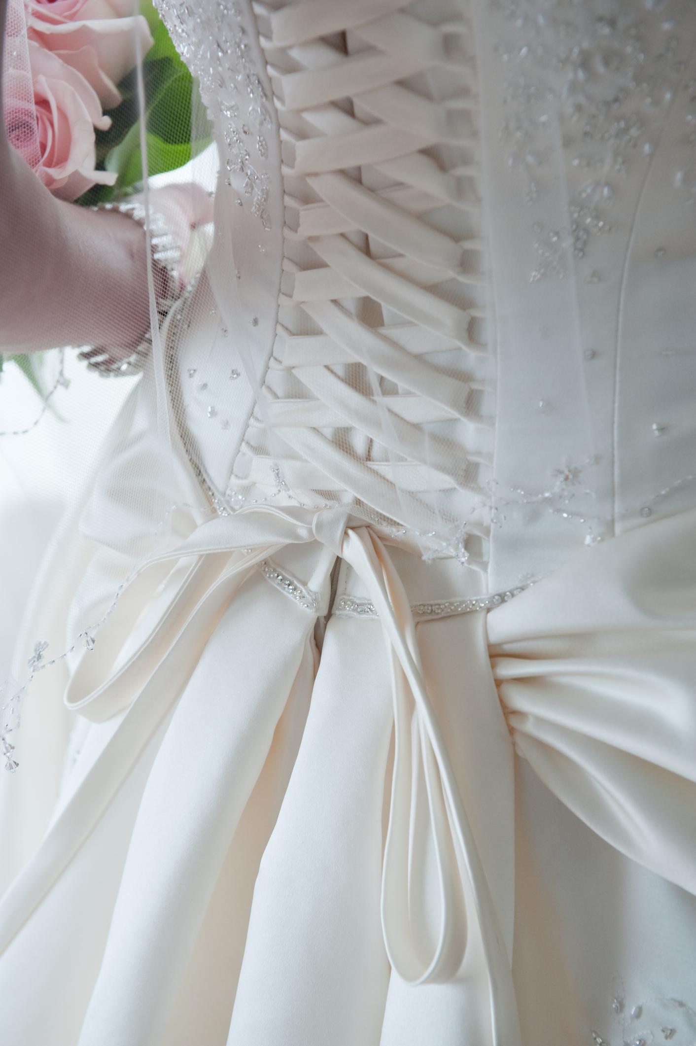 bg01.jpg | wedding dress cleaning | wedding dress cleaning and ...