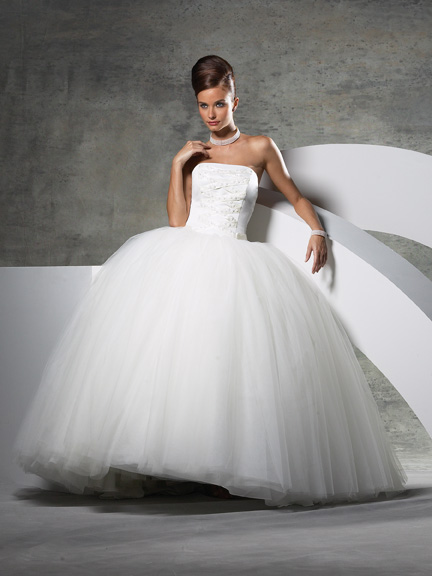 Princess Style Wedding Dress Clean Only